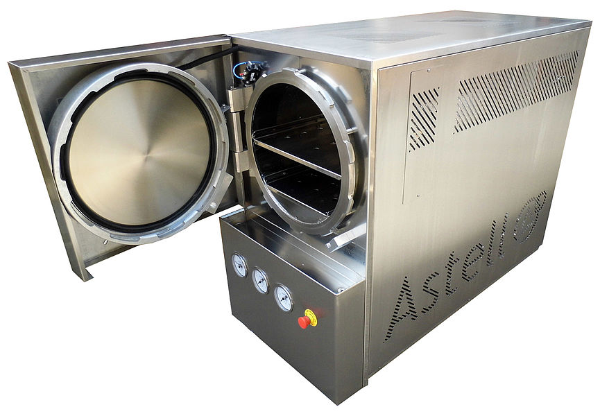 STAINLESS STEEL 120 LITRE CIRCULAR AUTOCLAVE